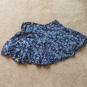 Worn once! Pleated skirt